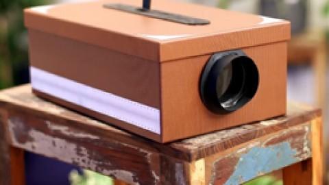 Móntate tu propio cine en casa con este proyector DIY