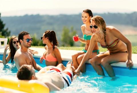 BYE BYE suciedad con las cubiertas para piscinas ferrOkey