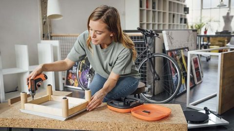 ¡Gana la batalla al montaje de muebles prefabricados con el nuevo atornillador!