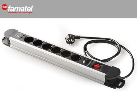 Gana una base múltiple 6 tomas y 2 conexiones USB