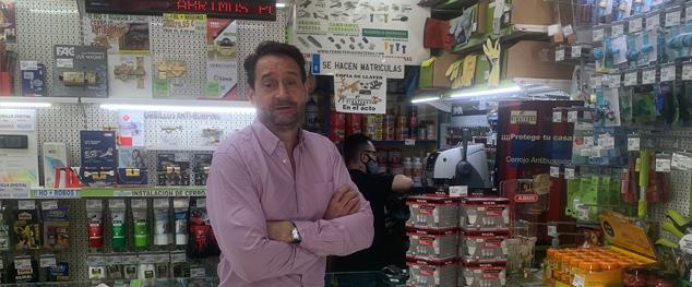 """Miguel Cavero, Ferrokey Vinateros Cavero: """"Nuestro objetivo es dar soluciones a los clientes abarcando todos los oficios posibles"""""""